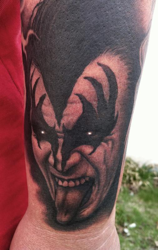 Gene simmons by bob tyrrell tattoos for Texas bobs tattoos