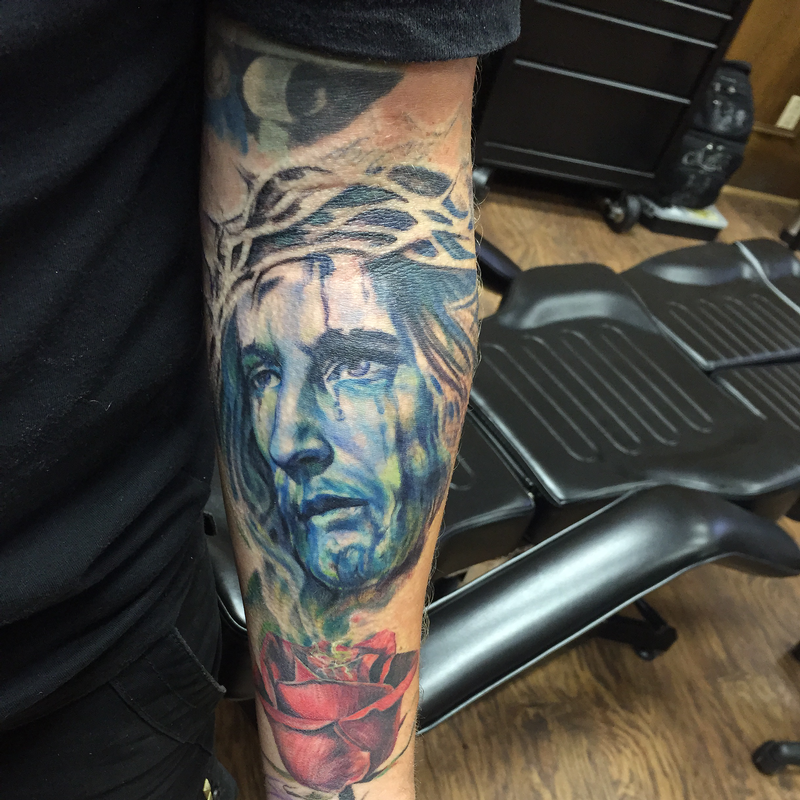Colored jesus christ with thorns by capone tattoonow for Tattoo shops denton tx