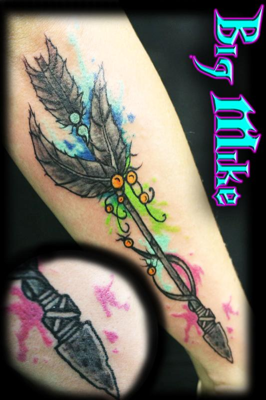Custom arrow with watercolor by big mike tattoonow for Lux in tenebris tattoo