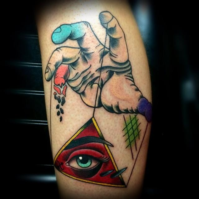 depiction tattoo gallery tattoos color hand all seeing eye tattoo. Black Bedroom Furniture Sets. Home Design Ideas