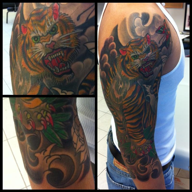 Deluxe tattoo tattoos traditional japanese koi fish for Japanese tattoo chicago