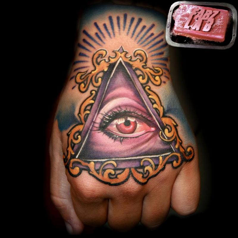 off the map tattoo tattoos fabian danger de gaillande all seeing eye tattoo. Black Bedroom Furniture Sets. Home Design Ideas