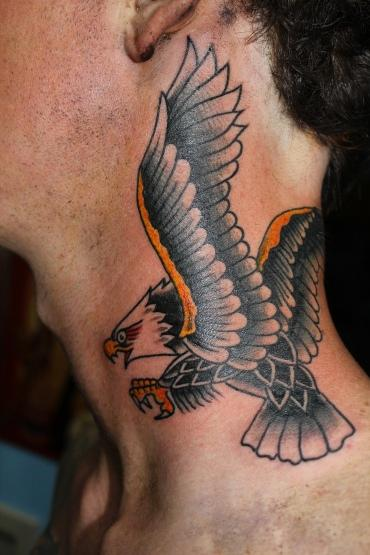 traditional eagle neck tattoo by dan power tattoonow. Black Bedroom Furniture Sets. Home Design Ideas