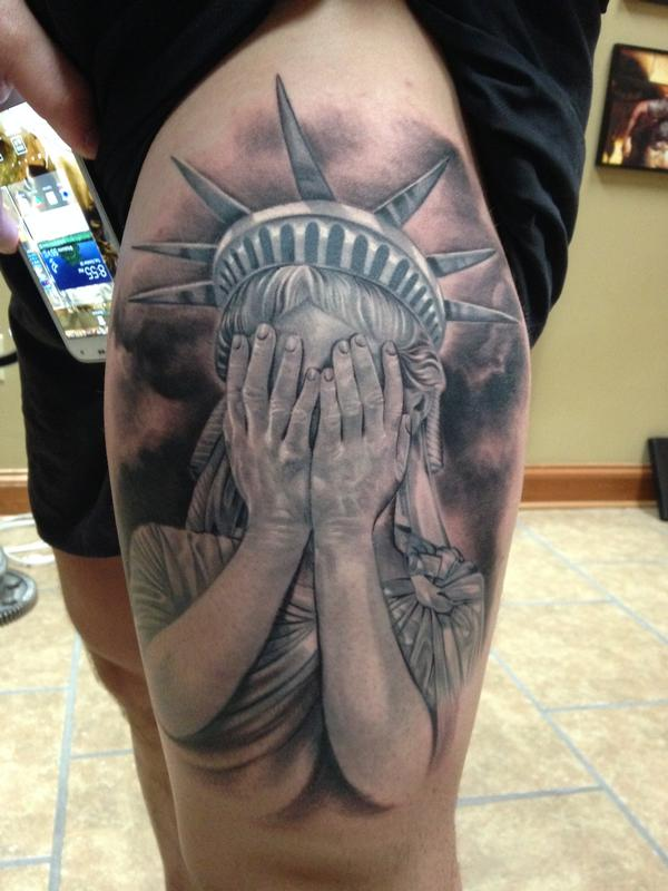 Statue of liberty ptsd by max egy tattoonow for Tattoo shops terre haute indiana