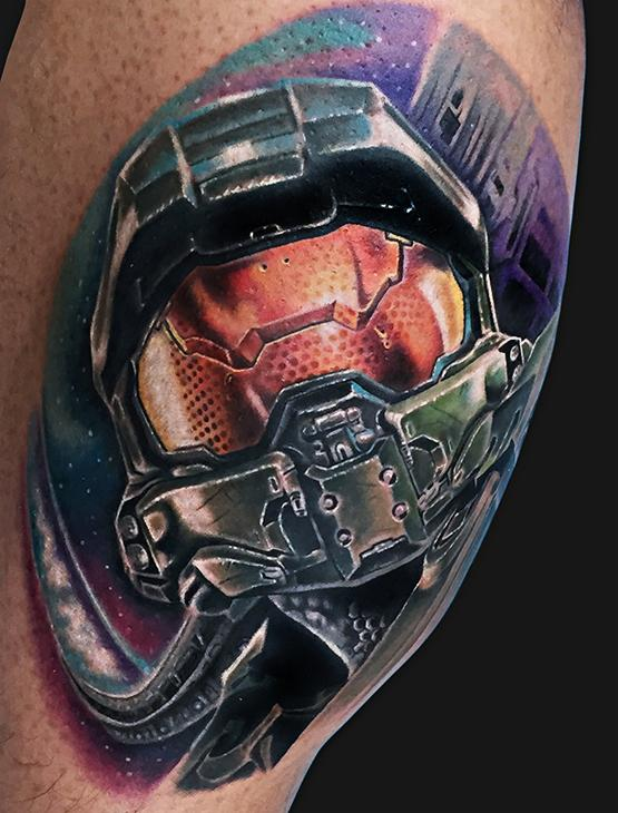 Master chief halo tattoo by marc durrant tattoonow for Tattoos by halo