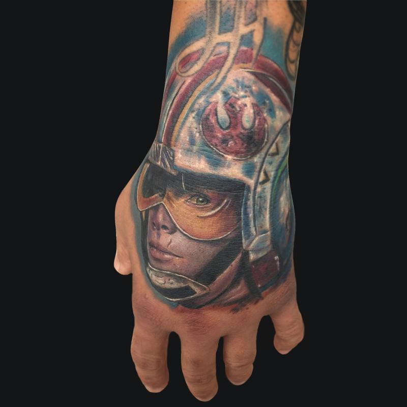 Luke skywalker hand tattoo by mike devries tattoos for Luke skywalker tattoo