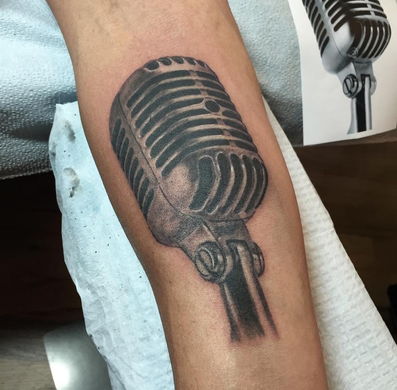 vintage microphone tattoos the image kid has it. Black Bedroom Furniture Sets. Home Design Ideas