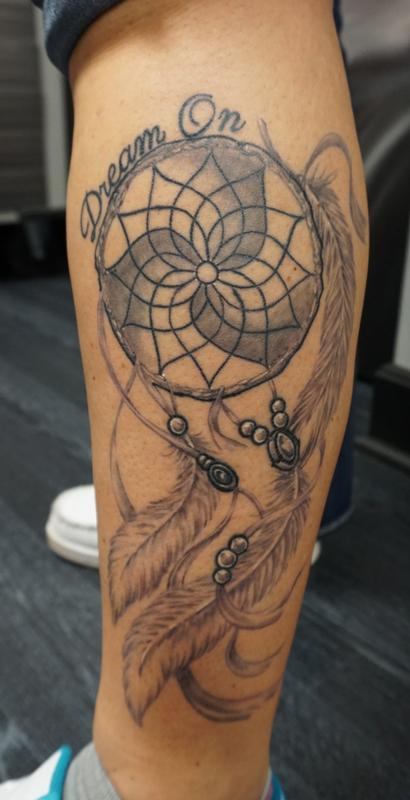 Custom freehand dreamcatcher by justin mccarty tattoonow for Tattoo shops in champaign il
