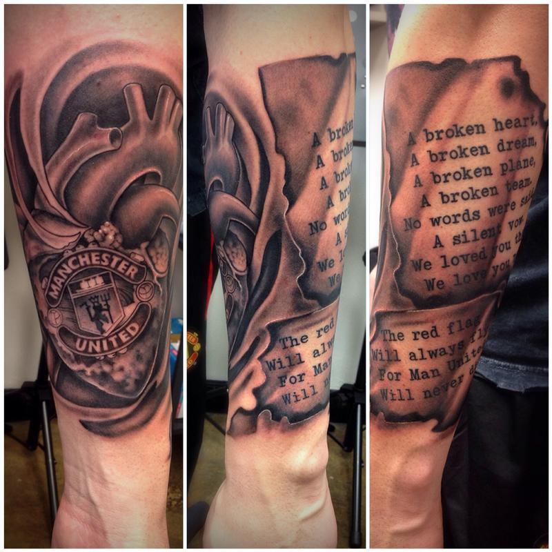 black and grey manchester united memorial tattoo by david mushaney by david mushaney tattoonow. Black Bedroom Furniture Sets. Home Design Ideas