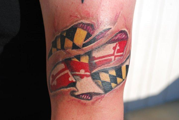 Maryland flag skin rip by jen white tattoonow for Tattoo artists maryland