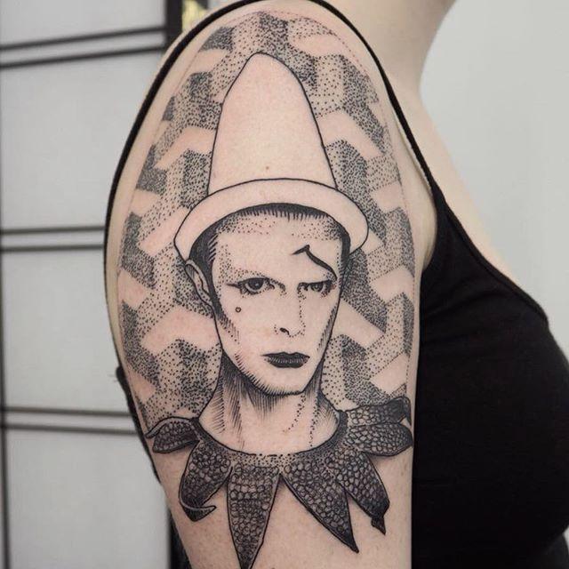 Blackwork david bowie by alex odisy tattoonow for David bowie tattoos